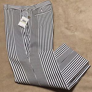Michael Kors capri pants, sz 4. Brand new w/tags.
